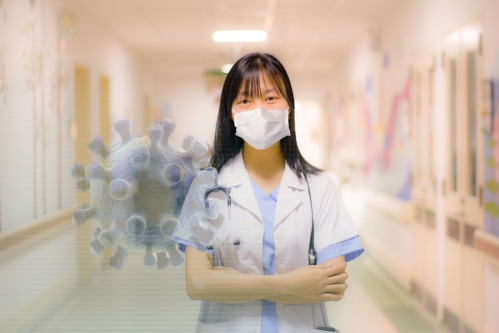 Une infirmière dans un hôpital.