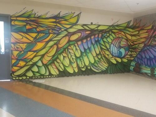 Photo de l'École secondaire publique Gisele Lalonde – Murale et atelier sur la façon de mettre fin à l'appropriation culturelle. (Photo provenant de miquemichelle.com)