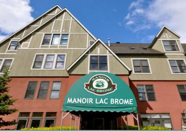 The main entrance at le manor lac brome retirement community.