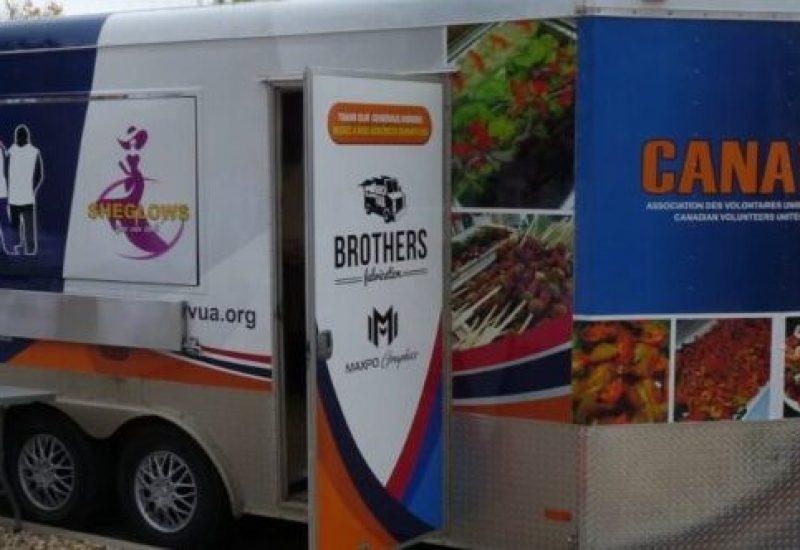 Le Food Truck de Canavua qui sert à la confection des repas