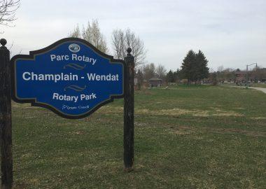 Entrée du parc Champlain-Wendat.