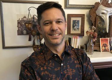 Michel-Olivier Matte, directeur général de la Franco-Fête de Toronto, estime qu'il est important de maintenir l'offre active artistique malgré la crise sanitaire, quitte à en revoir le format.