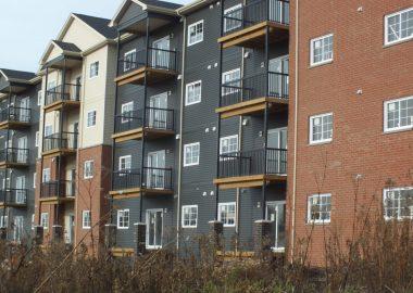 Des appartments modernes avec balcon