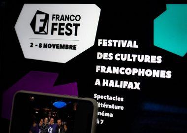 """""""Ça fait du bien de sortir et de rire ensemble"""" : lancement réussi pour le Francofest. Photo : Francofest"""