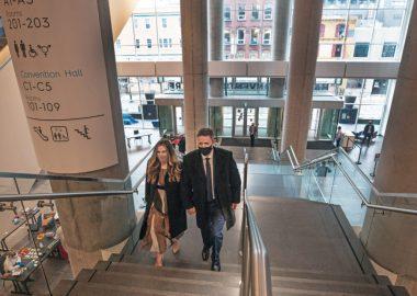 Iain Rankin, nouveau premier ministre de la Nouvelle-Écosse, et son épouse.