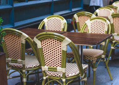 Terrasse-de-café-restaurant