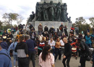 Une scène des festivités sur la place publique de l'avenue du parc (photo David Mezy)