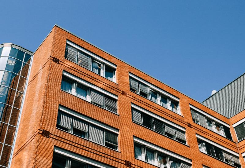 Les gouvernements, fédéral et provincial, annoncent un investissement de 517 millions de dollars sur 10 ans dans L'Allocation canadienne pour le logement en Colombie-Britannique. Photo : Canva.com