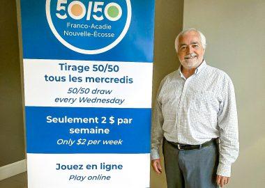 Victor Tétrault est à l'initiative de ce projet de loterie. Photo : Loto Franco-Acadie Nouvelle-Écosse