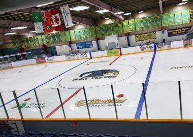 La patinoire des Flyers au Palais des Sports de Kapuskasing