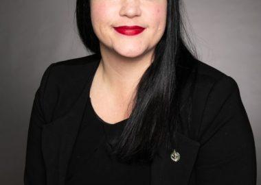 La députée de Manicouagan Marilène Gill a annoncé l'ouverture du programme Nouveaux horizons pour les aînés. – Photo courtoisie