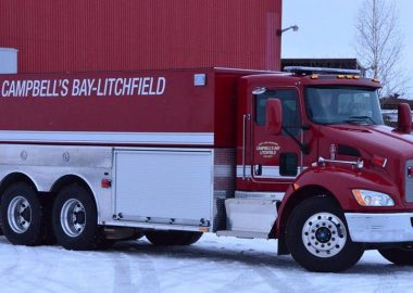 A photo of a pumper fire truck from the Campbell's Bay Litchfield Department.